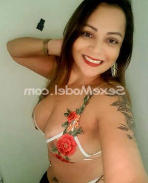 Jannice lovesita massage trans
