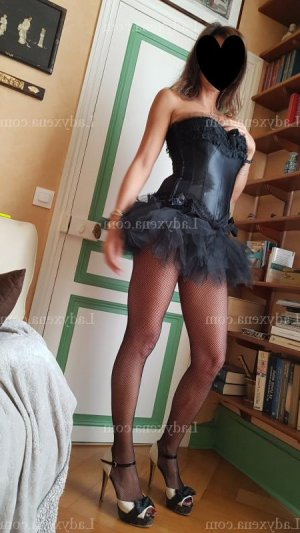 Ayana lovesita escorte trans massage naturiste